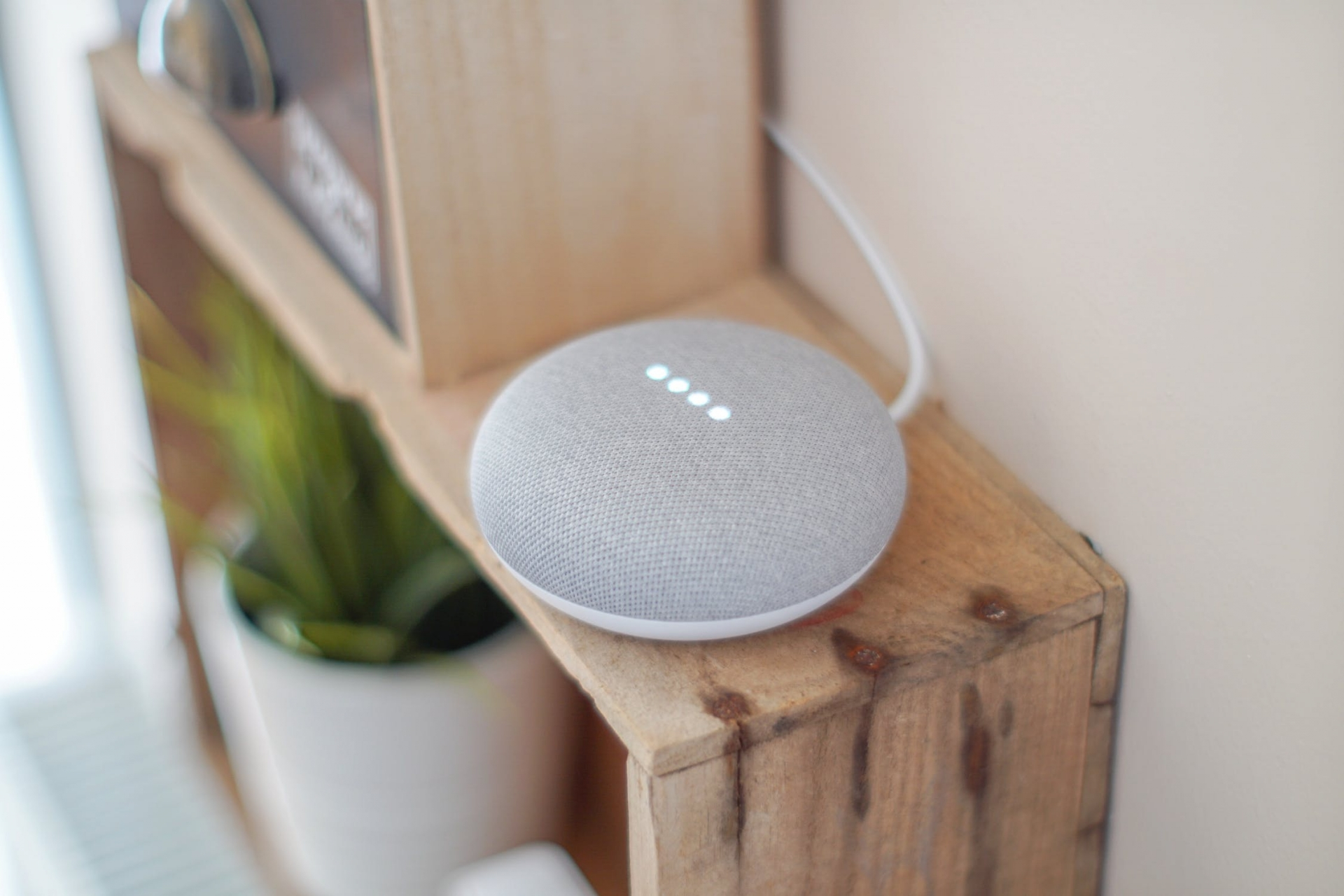 voice-search-google-home1586419608
